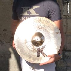 Liberté, égalité, fraternité, groovyté! The Zildjian #KCustom Hybrid series is among the most versatile out there & has also a unique look & feel to it that makes it a new classic in the world of cymbals. #monument #Laon #France Centre Hospitalier #Sergio #Bellotti #drummer #Boston #Massachusetts @zildjiancompany #zildjian #247drums #1blog4u