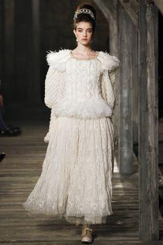 DÉFILÉS PRÉ-COLLECTIONS   AUTOMNE-HIVER 2013-2014  Chanel, Vogue.fr.// Winter Princess