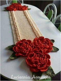 This Pin was discovered by Vân Crochet Kitchen, Crochet Home, Cute Crochet, Irish Crochet, Knit Crochet, Crochet Flower Tutorial, Crochet Flower Patterns, Crochet Flowers, Crochet Table Runner
