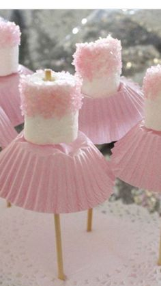 Marshmallows & cupcake holders... Tutu