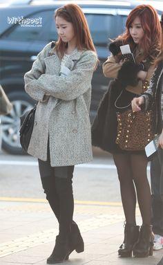 http://okpopgirls.rebzombie.com/wp-content/uploads/2012/11/SNSD-Yoona-airport-fashion-nov-22-2-3.jpg