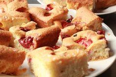 Fotorecept: Ovocná bublanina Czech Recipes, French Toast, Breakfast, Czech Food, Basket, Morning Coffee