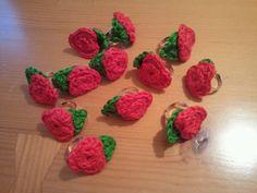 Anells de roses de crochet
