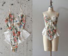 vintage 70s lingerie / 1970s floral onezie / Layla nightie