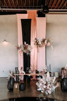 This couple flew in on a helicopter for their modern black + blush wedding at Ha. This couple flew in on a helicopter for their modern black + blush wedding at Hangar 21 - 100 Layer Cake. Marie's Wedding, Loft Wedding, Wedding Table, Rustic Wedding, Wedding Ideas, 1920s Wedding, Wedding Vendors, Spring Wedding, Wedding Blog