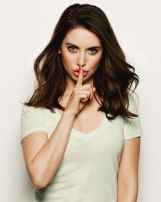 Picture of Alison Brie Alison Brie, Prettiest Actresses, Beautiful Actresses, Hot Actresses, Beautiful Celebrities, Hot Brunette, Nicole Kidman, Famous Women, Actress Photos
