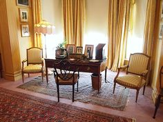 The Study - Polesden Lacey - Great Bookham - Surrey - England