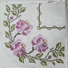 Celtic Cross Stitch, Cute Cross Stitch, Cross Stitch Rose, Cross Stitch Borders, Cross Stitch Alphabet, Modern Cross Stitch Patterns, Cross Stitch Flowers, Cross Stitch Designs, Cross Stitching