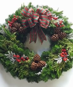 Where to hang the Christmas balls (other than on the tree)? Christmas Door Wreaths, Christmas Door Decorations, Christmas Balls, Holiday Wreaths, Christmas Holidays, Christmas Crafts, Christmas Ornaments, Happy Holidays, Outdoor Christmas