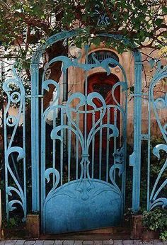 There is something about Art Nouveau and Art Deco gates that makes them soooooo special, Garden Gates, Garden Art, Blue Garden, Garden Design, Art Deco, Art Nouveau Arquitectura, Inspiration Art, Iron Gates, Metal Gates