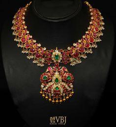 heavy bridal ruby necklace
