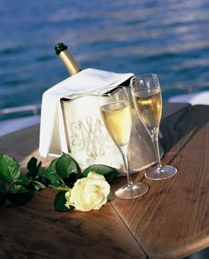 Celebrate with Champagne Fruit Drinks, Alcoholic Drinks, Valentine Day Love, Valentines, Romantic Beach, Very Happy Birthday, Happy Anniversary, Are You Happy, How To Memorize Things