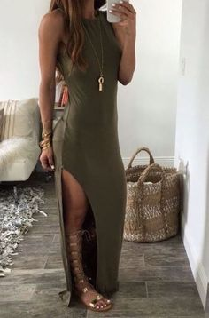 Gladiator sandals are the perfect accessory for summer outfits!, Summer Outfits, Gladiator sandals are the perfect accessory for summer outfits! Source by millennialboss. Mode Outfits, Casual Outfits, Fashion Outfits, Womens Fashion, Fashion Trends, Classy Outfits, Looks Chic, Looks Style, Late Summer Outfits