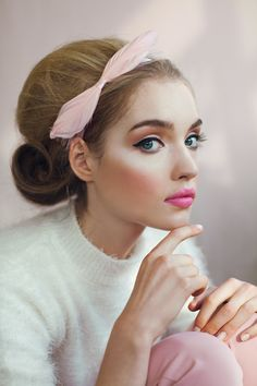 Would love to recreate this photo.  This makeup! The hair! So perfect!! Pretty in Pink on Fashion Served