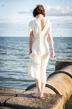 Megan von de vintage shoot by Peter Berzanskis Girlfriends, Editorial, Bob, White Dress, Photoshoot, Hands, Beach, Vintage, Dresses