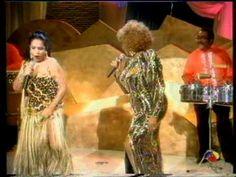 """Lola Flores y Celia Cruz """"Burundanga"""" en Sabor a Lolas"""