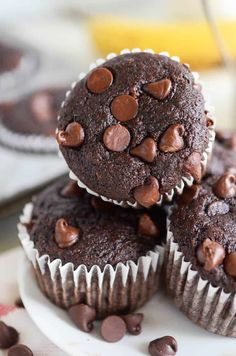 Banana Mocha Chip Muffins: these one-bowl double chocolate banana muffins are loaded with three whole bananas, a ton of chocolate chips and espresso flavor. Chocolate. Bananas. Coffee. What the heck else do you need in a muffin? These Banana Mocha Chip Muffins have everything you could possibly need in a breakfast muffin. I was sitting …
