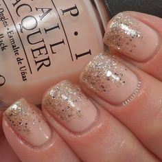 Trendy Nails Neutral Ombre Sparkle 58 Ideas Best Picture For nail trendy summer For Your Tast Nude Nails With Glitter, Gold Nails, Glittery Nails, Trendy Nails, Cute Nails, Hair And Nails, My Nails, Nagel Hacks, Bridesmaids Nails