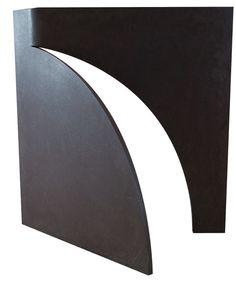 Amilcar de Castro, Sem Título, 100 x 100 x 2,5 cm, escultura em aço corten, ass. na peça, Registrada no Instituto sob o código CDQ - 02 - tombo 01.14.01.01.4533 - R$ 550.000,00