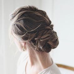 27 Super Gorgeous Wedding Hairstyles You Will Love. To see more: http://www.modwedding.com/2014/01/22/27-super-gorgeous-wedding-hairstyles-you-will-love/ #wedding #weddings #fashion #hair #hairstyles