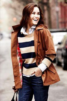 Amei o forro xadrez do casaco e o tricô usado como pullover!