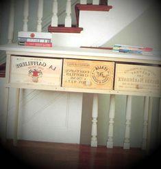 Ideia de decoração com caixas de vinho - http://www.dicasdecoracao.com/ideia-de-decoracao-com-caixas-de-vinho/