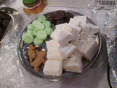 Homemade sweets, marshmallow, mint discs, fondanr, gingebread men, chocolate truffles, candy, yummy, indulgence