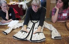 THE course for learning all the tips and tricks on how to create an haute couture, Chanel inspired french jacket!
