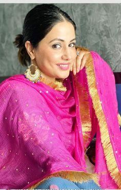 Heena Khan, Celebrity Faces, Beach Photography, Sari, Actresses, Celebrities, Pretty, Beautiful, Photo Style