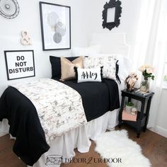Custom designer bedding and bedroom decor by Decor 2 Ur Door. Design your own or select one of our designer bedding collections. Dorm bedding, custom baby bedding, teen girl bedding, apartment bedding, and more. made with love in the USA! College Bedroom Decor, College Room, College Girl Bedrooms, Bedroom Girls, Master Bedroom, Cozy Dorm Room, Cute Dorm Rooms, Dorm Bedding Sets, Girl Bedding