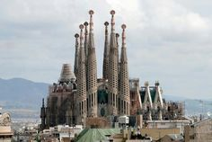He never completed, the greatest work of famous designer Antoni Gaudi is a showcase of Barcelona.