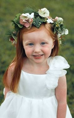 Flower girls flower crown Toni Kami Flower  Girls Corona halo wedding hair flowers