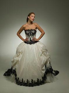 Aalia Bridal  Wedding Dresses Photos on WeddingWire