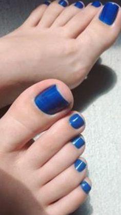 Blue Toe Nails, Blue Toes, Feet Nails, Beautiful Toes, Pretty Toes, Pedicure Colors, Toe Polish, Foot Pics, Foot Toe