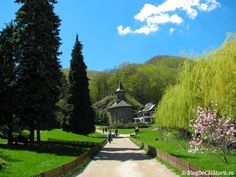 Manastirea Prislop Mother Earth, Romania, Golf Courses, Sidewalk, Mansions, House Styles, Places, Mansion Houses, Lugares
