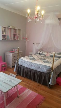 Mia's new room