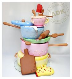 Cake idea for bride's party! Pretty Cakes, Cute Cakes, Beautiful Cakes, Amazing Cakes, Gravity Defying Cake, Gravity Cake, Crazy Cakes, Fancy Cakes, Unique Cakes