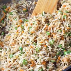 Vegetarian Rice Recipes, Easy Rice Recipes, Side Dish Recipes, Vegan Vegetarian, Garlic Fried Rice, Vegetable Fried Rice, Simple Vegetable Rice Recipe, Rice And Green Peas Recipe, Vegan Fried Rice