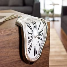 Incredible Melting Clock #Technology #Design