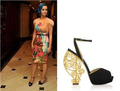 Katy_Perry_Wears_Charlotte_Olympia