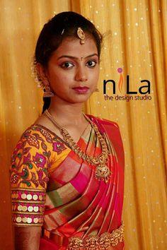 Chudidhar Neck Designs, Blouse Back Neck Designs, Silk Saree Blouse Designs, Fancy Blouse Designs, Bridal Blouse Designs, Designer Blouse Patterns, Designer Dresses, Maggam Work Designs, Hand Work Blouse Design