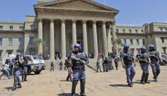 Wits classes continue, despite earlier chaos | Daily Maverick