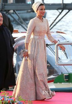 Sheikha Mozah bint Nasser Al Missned of Qatar In Valentino Couture – Inauguration Of King Willem Alexander of the Netherlands Party