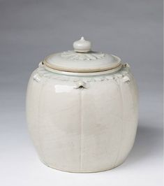 Thanh Hoa Lidded Jar with Carved Lotus Petals, Vietnam © 2014 Zetterquist Galleries