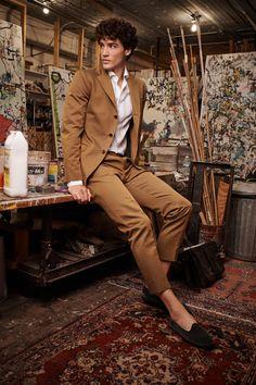 Boglioli Spring 2020 Menswear Fashion Show – Men's style, accessories, mens fashion trends 2020 Pose Mannequin, Vogue Paris, Suit Fashion, Mens Fashion, Manequin, Outfits Hombre, Vogue Men, Male Fashion Trends, Outfits
