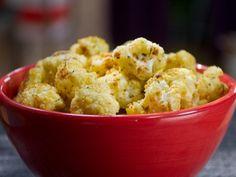 """Cheesy Cauliflower """"Popcorn"""" Vegan Recipe"""