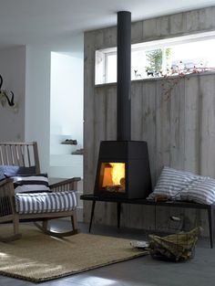 fireplace | Styling/Production: Peter Fehrentz; Photo: Olaf Szczepaniak Log Burner Fireplace, Wood Burner, Cozy Fireplace, Brick And Stone, Cozy Corner, Industrial House, Wooden House, Fogo, Hearth