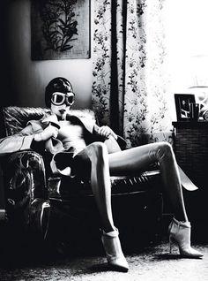 Superhero Linda Evangelista in W Magazine. Great shot by Steven Klein styled by Edward Enninful