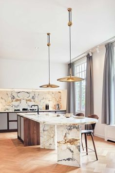 Bespoke marble kitchen in renovated 1905 Amsterdam apartment, NL Bespoke marble kitchen in r. Bespoke marble kitchen in renovated 1905 Amsterdam apartment, NL Bespoke marble kitchen in r. Interior Design Trends, Interior Modern, Home Interior, Kitchen Interior, Marble Interior, Interior Livingroom, Traditional Interior, Interior Plants, Interior Ideas