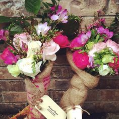 awesome vancouver florist It's never too early to pre-order for Valentines! #vancouverflowers #sendsomethingsweet #valentines #yvr #FlowerfulBC #vancouverblooms #Postmarkflowers #flowerdelivery #bouquet #rustic #burlapwrapped #burlap by @postmarkflowers  #vancouverflorist #vancouverflorist #vancouverwedding #vancouverweddingdosanddonts